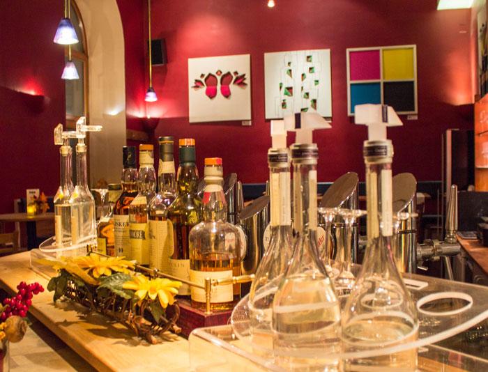 Leopold Essen Trinken Bar